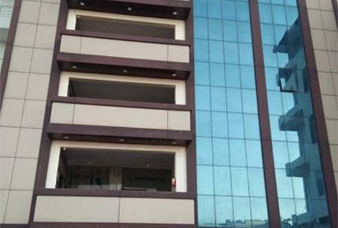 जैन समाज ने पांच मंजिला जनउपयोगी भवनमेडिकल कॉलेज को सौंपा