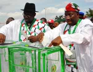PRESIDENT GOODLUCK JONATHAN (R) AND GOV. SERIAKE  DICKSON OF BAYELSA CASTING THEIR VOTES AT  THE PDP SPECIAL  NATIONAL CONVENTION IN ABUJA ON SATURDAY  (31/8/13)