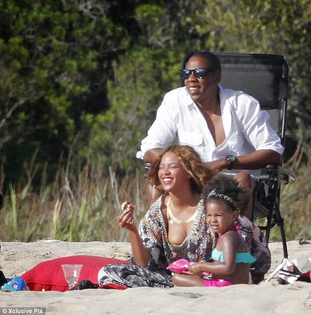 Beyonce-33rd-Birthday-in-France l-