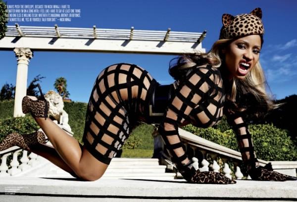 4-Nicki-Minaj-by-Mario-Testino-for-V-Magazine-700x477-600x408
