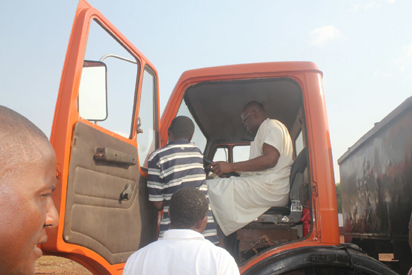 Fayose drives truck 3