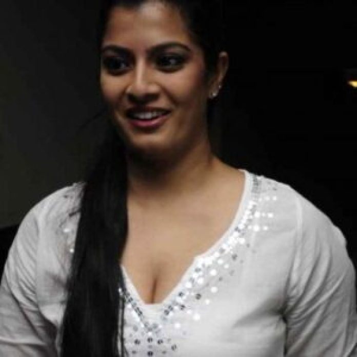 sarath kumar daughter varalakshmi controversial comments on marriage2