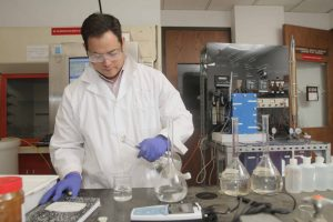 Student working in UTEP Lab