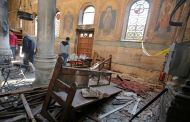 Gunmen kill 23 Egypt Christians in bus attack