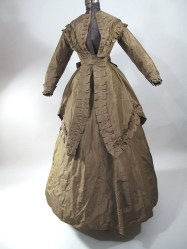 history-of-wedding-dress-1860-brown-dress