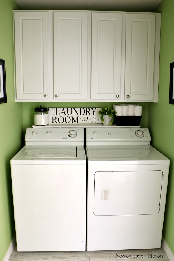 laundry room paint color - green