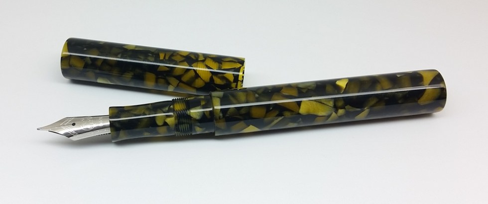 Eastman - Yellow Fleck - small, standard