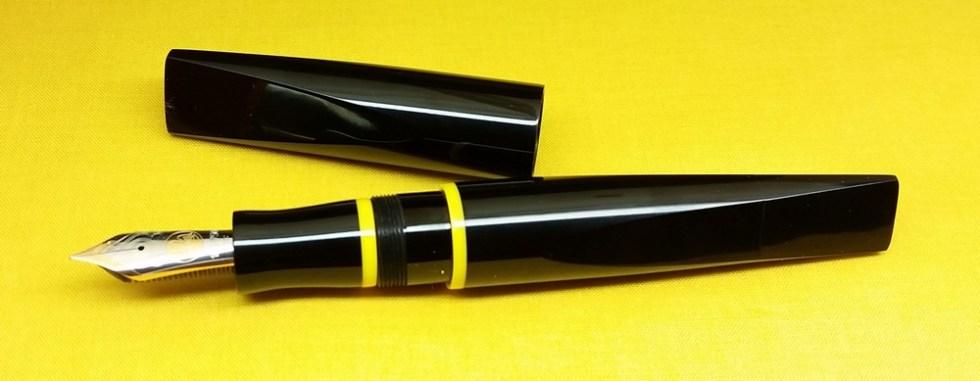 prospector-black-yellow-rings-2.jpg?resi
