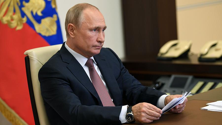 Путин поручил увеличить объем тестирования населения на коронавирус