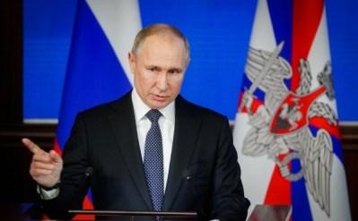 Путин трижды за неделю осудил резолюцию Европарламента. Что важно знать