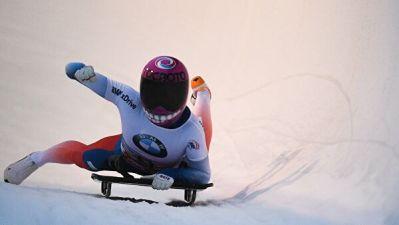 Никитина победила на этапе Кубка мира по скелетону во Франции