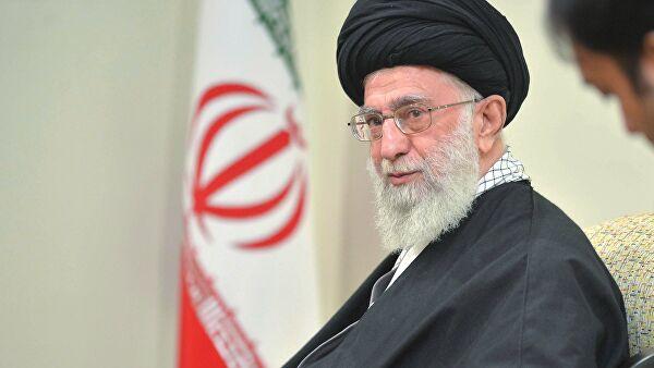 Хаменеи заявил, что США пытаются разделить власть и народ Ирана