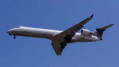United Airlines приостанавливает полеты в Гонконг из-за падения спроса