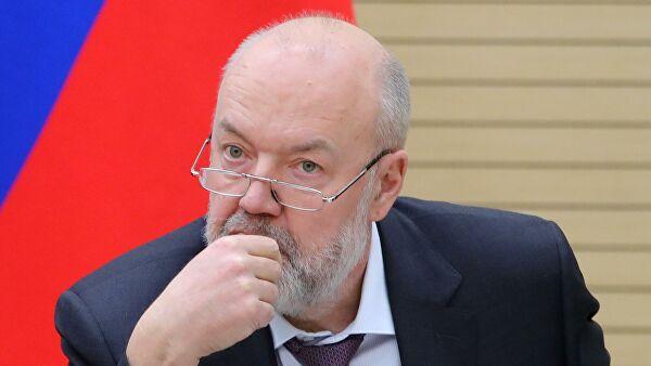 Преамбулу Конституции не стоит менять, считает Крашенинников