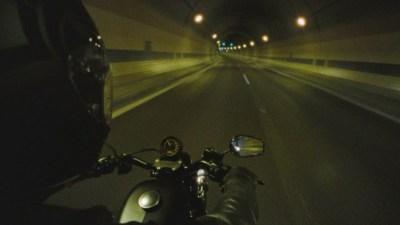 В рекламе Harley-Davidson предложили убежать из мира интернета