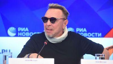 Гарик Сукачев перепел песню про бабушку из-за коронавируса