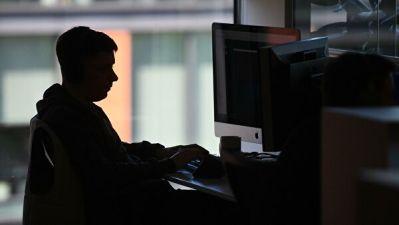 Эксперты оценили вероятность сокращений в ряде отраслей