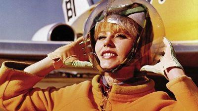 Как космос повлиял на моду и наоборот