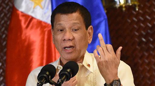 Президент Филиппин приказал расстреливать нарушителей карантина