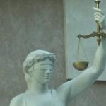 Новгородский заместитель министра пойдёт под суд за злоупотребления