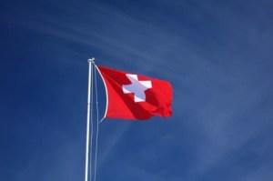 Швейцария разрешила российским туристам не проходить 10-дневный карантин