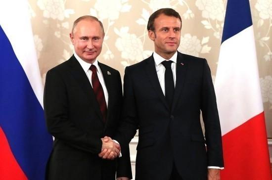 Путин и Макрон заинтересованы в углублении сотрудничества в борьбе с COVID-19