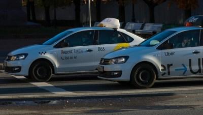 Смольный подготовит около 100 такси для развозки петербуржцев после КТ