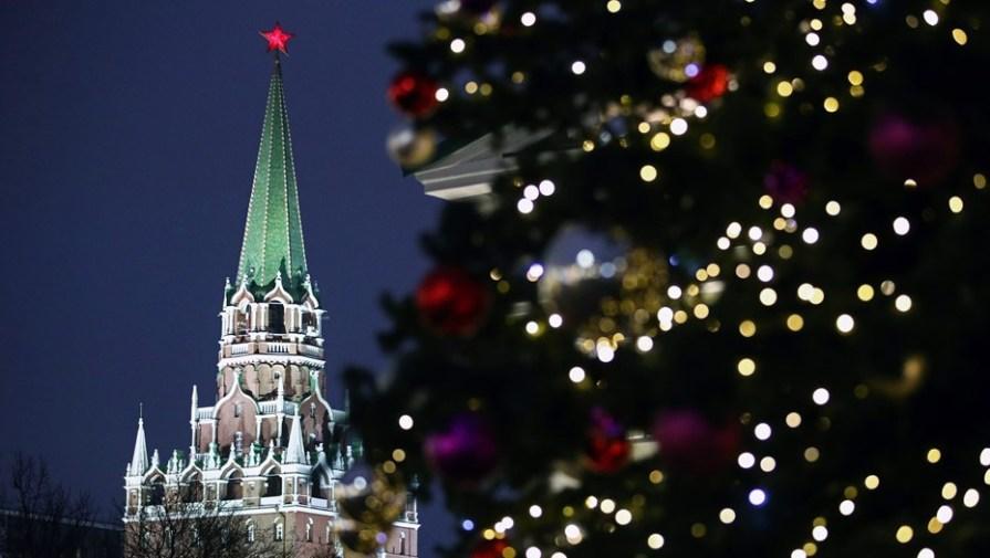 В Москве отменили новогодние ёлки из-за COVID-19