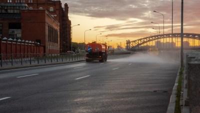 В Петербурге за плохую уборку оштрафовали коммунальщиков на 1,15 млн рублей