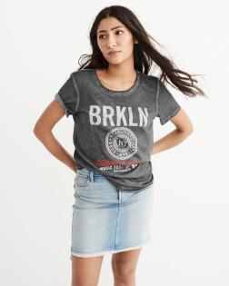 https://www.abercrombie.com/shop/us/womens-graphic-tees-tops/graphic-band-tee-9043722_01?ofp=true