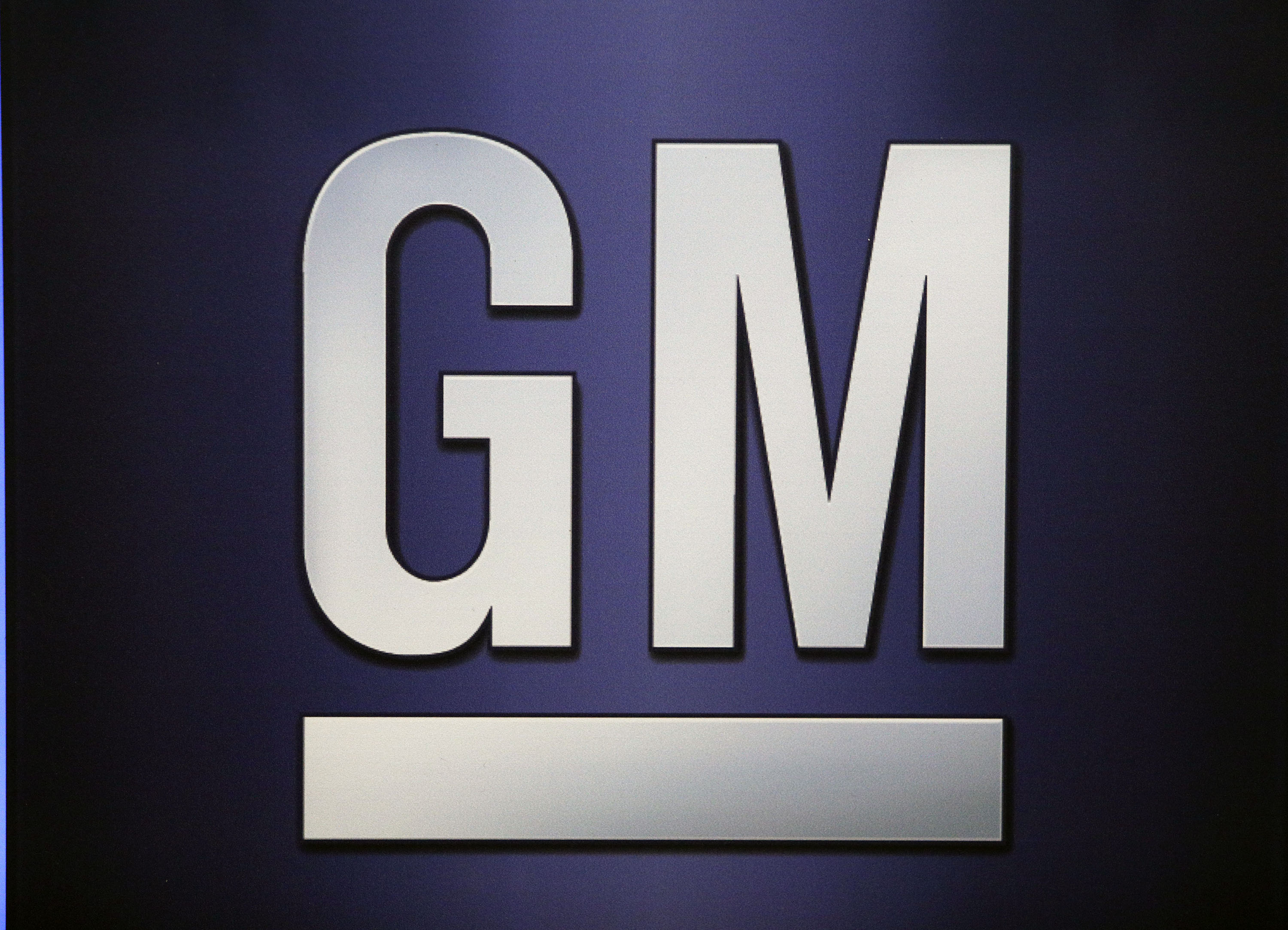 Recall Alert: 640,000 GM Pickup Trucks Have High-Tech Seat Belts Which Can Set Vehicle's Carpet On Fire