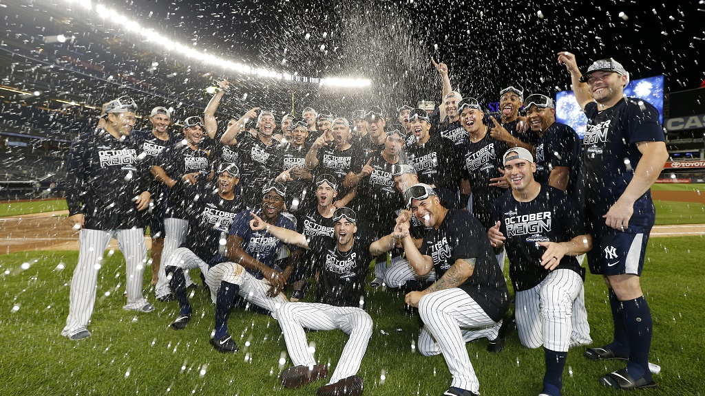 LeMahieu, Gardner Lead Yankees To 100th Win, Clinch First AL East Title Since 2012