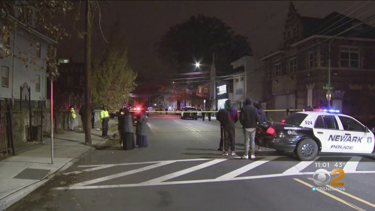 Police Officer Assaulted During Investigation Into Newark Triple Shooting; 1 Dead, 1 In Critical Condition