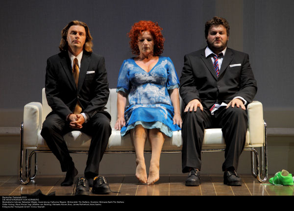 Klaus Florian Vogt as Walther, Michaela Kaune as Eva, and James Rutherford as Sachs in Die Meistersinger, Act III, sc. 1. Photo Bayreuther Festspiele GmbH / Enrico Nawrath.