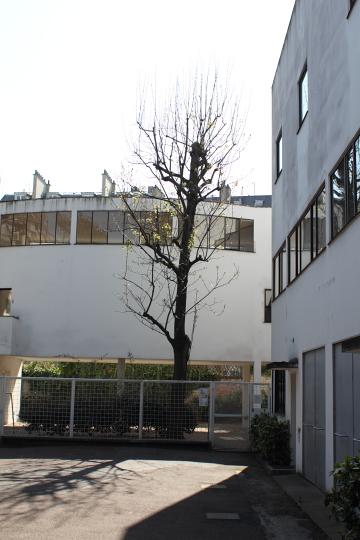 Maisons La Roche-Jeanneret (Le Corbusier, 1923-25), actuellement la fondation Le Corbusier. Photo © 2012 Alan Miller.