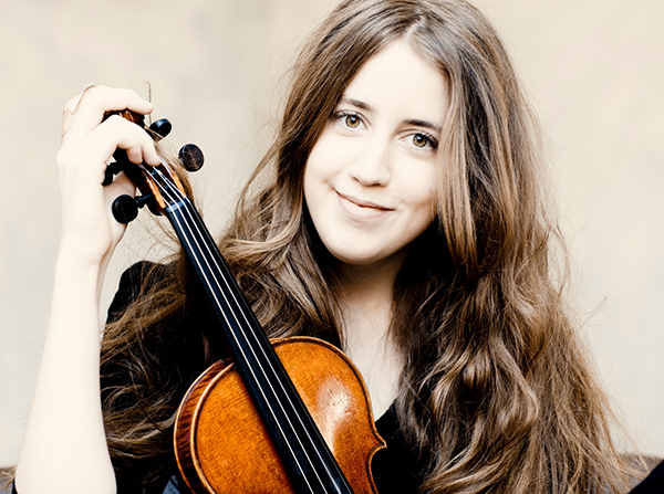 Vilde Frang. Photo Marco Borggreve.