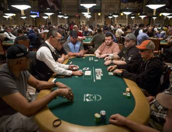 2017 WSOP: Main Event Draws 7,221 Entries!