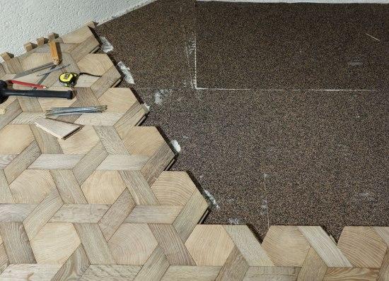 end-grain-wood-blocks-1360075236