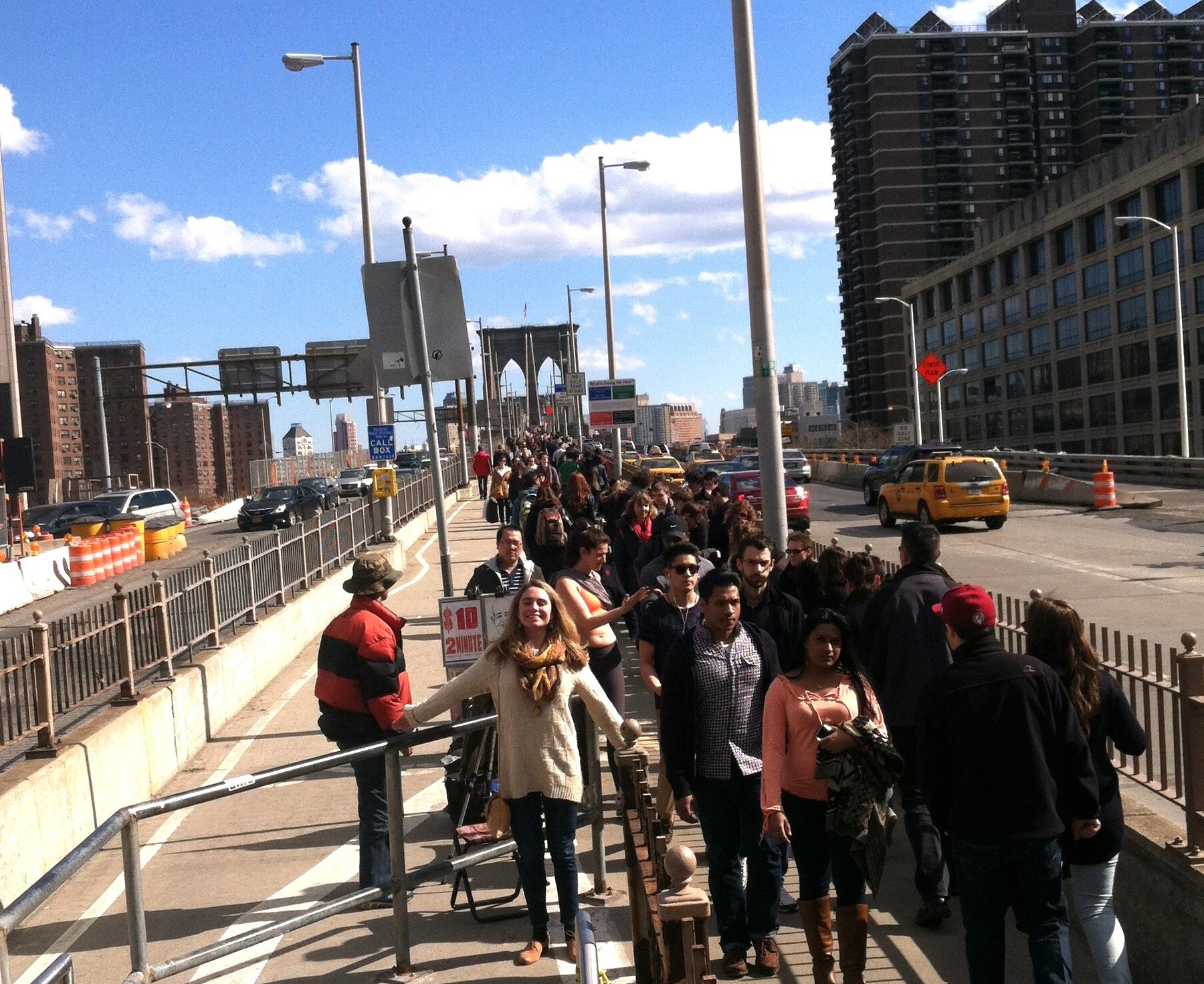 9 Reasons To Walk Across The Brooklyn Bridge New York Cliché