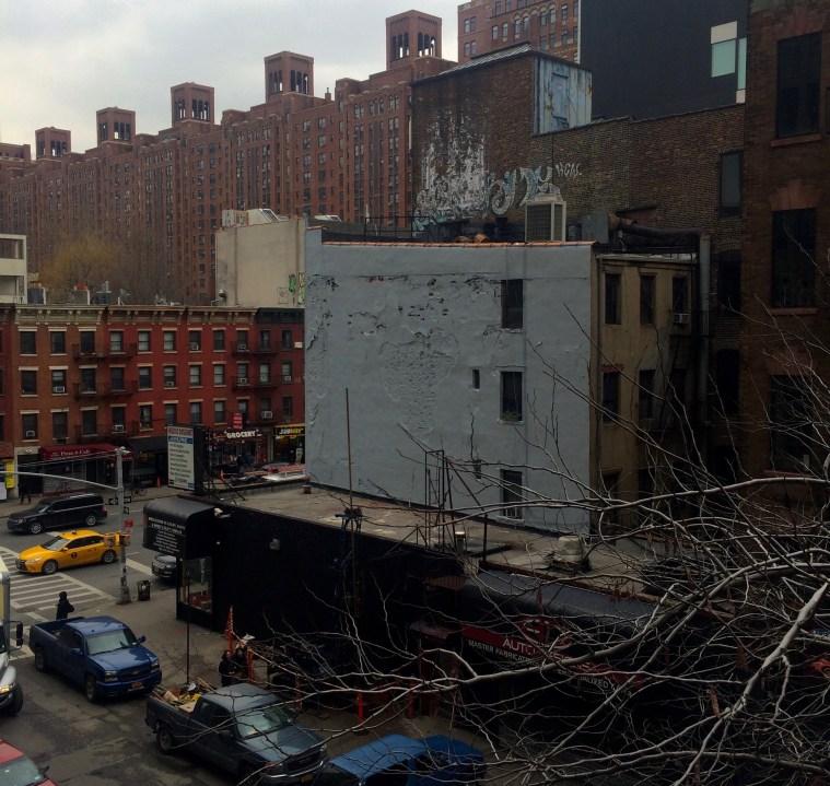 korba High Line Kiss Mural gone