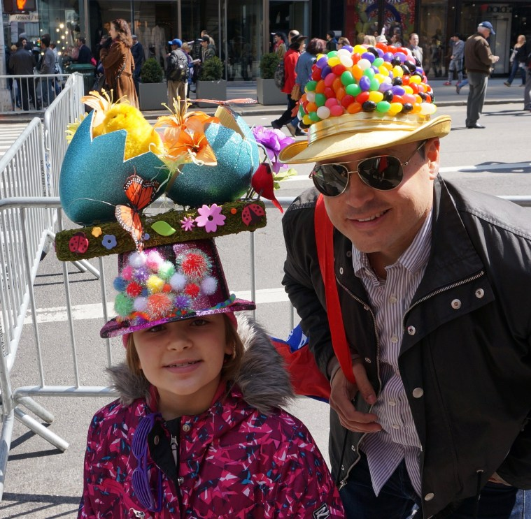 easter-bonnet-parade-nyc-father-daughter