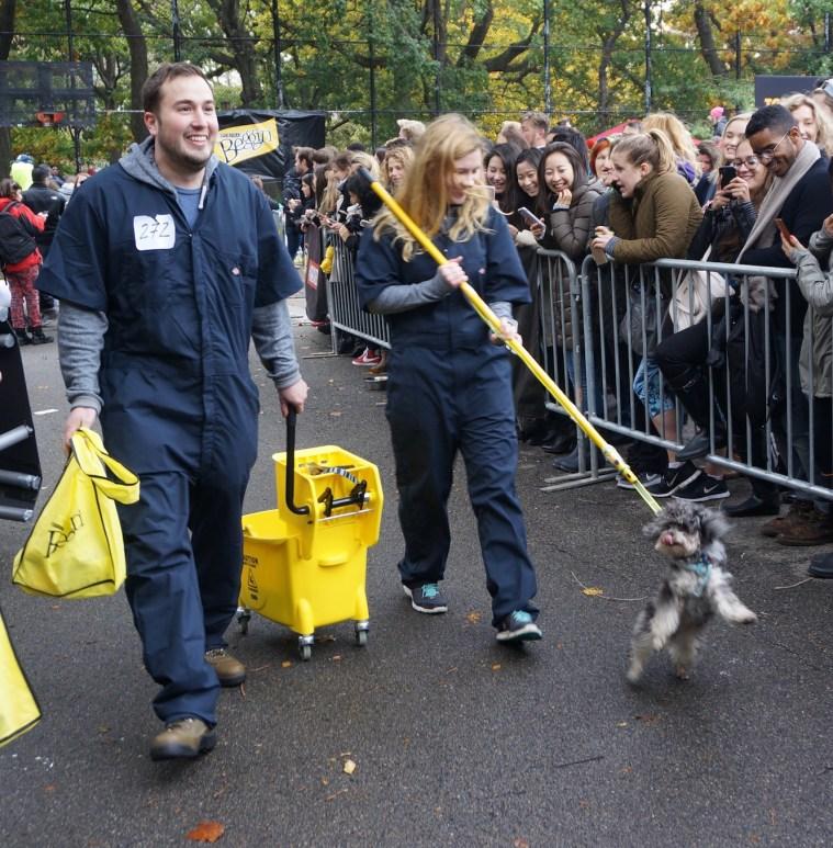 halloween-dog-parade-mop
