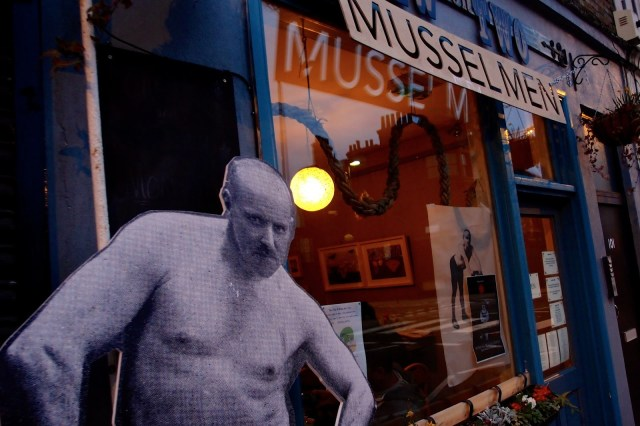 Mussel Men Outside