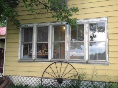 036_windows_before