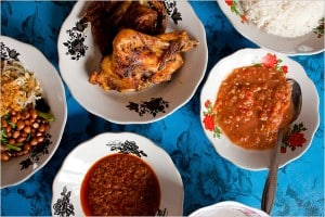 Grilled chicken and side dishes in Bali