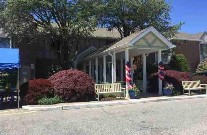 South Hampton Inn Memorial