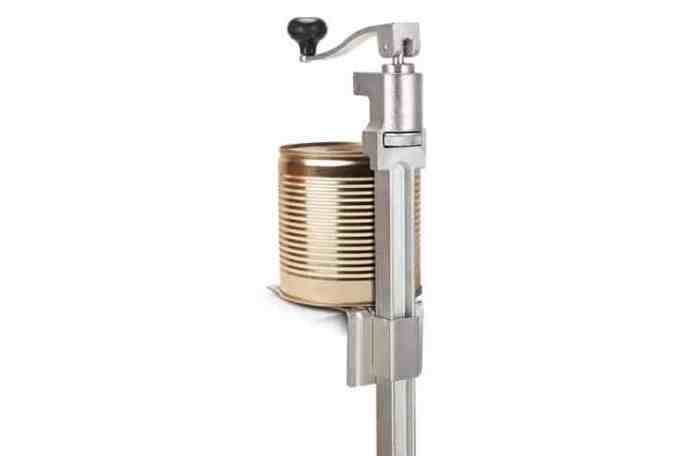 Commercial can opener