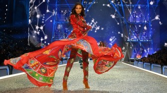 joan-smalls-runway-2016-vs-fashion-show