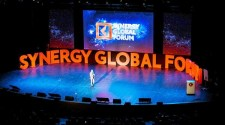 SIR RICHARD BRANSON HEADLINES SYNERGY GLOBAL FORUM 2017