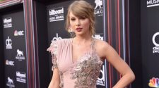 Taylor-Swift-Red-Carpet